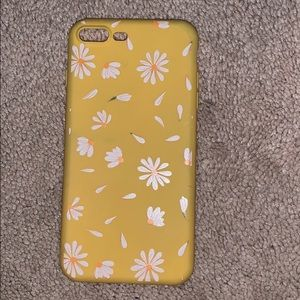 Accessories - iPhone 8+ yellow floral phone case
